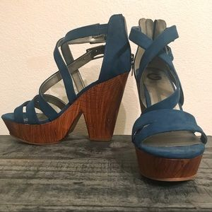 Guess Teal Blue High Platform Wedge Heels Size 9
